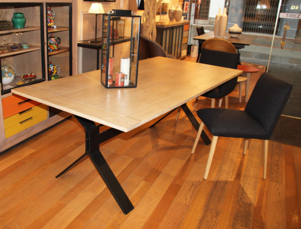 table-dhorloger-magasin