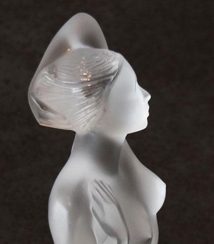 nu_lalique-detail