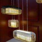 Suspension en bambou «Bamboo» de Forestier, au format rectangulaire, avec plusieurs ampoules.