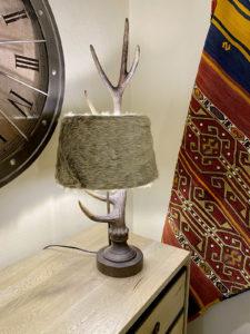 Lampe fausse fourrure Chehoma